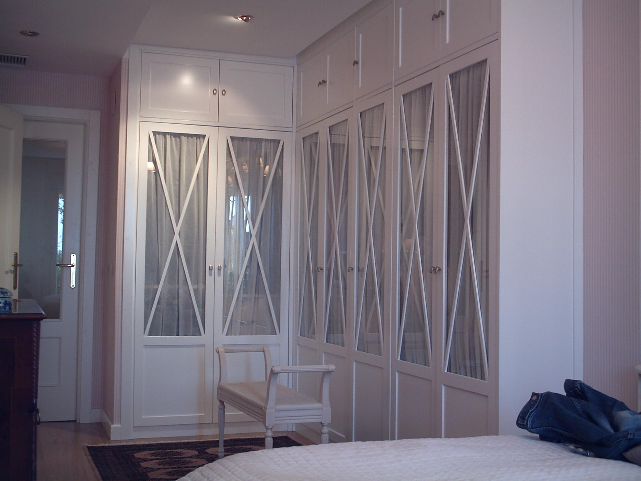 Muebles Monseco. Ebanistería A Medida. interiores y Frentes de ...
